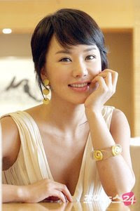 Asian Haircuts Kim Jung Hwa Cute short hairstyle 2010