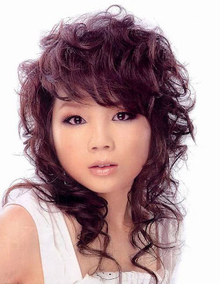 New 2009 - 2010 Asian Medium Curly Hairstyle for women
