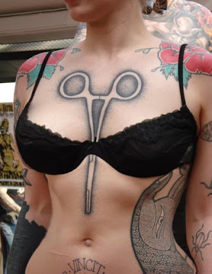 http://3.bp.blogspot.com/_30PRmkOl4ro/SqY4VxmbB3I/AAAAAAAAVVc/WMK9may8gm0/s400/very-sexy-tribal-tattoos-girls.jpg