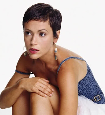 New Short Pixie Hairstyles for Women in Winter 2010