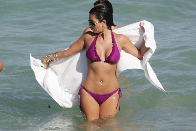 kim kardashian in bikini cute stills