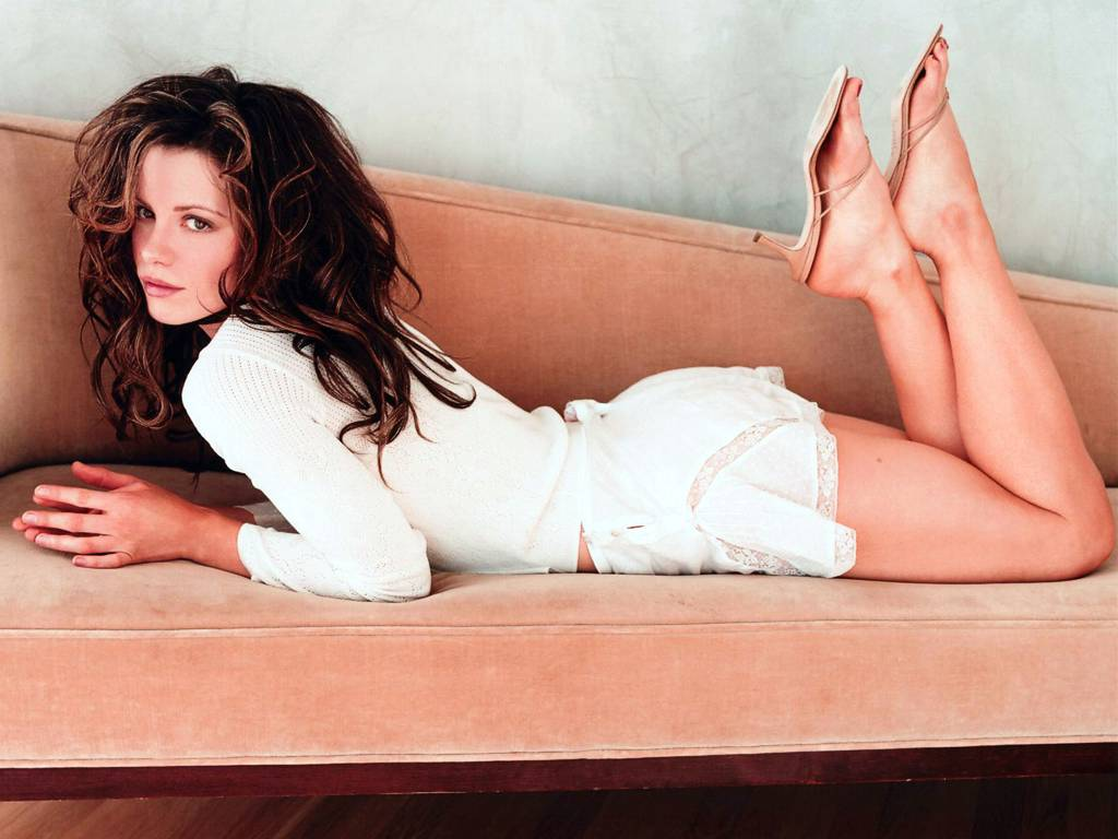 kate beckinsales feet