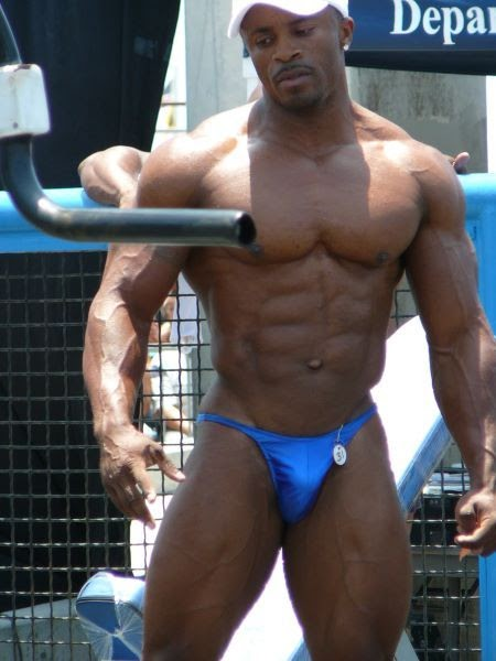 world bodybuilders pictures: bodybuilder leshawn gonzalez