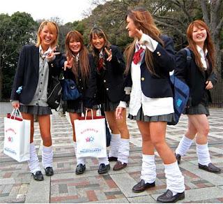 """Street Fashion on Japan """" Ko-Gal """""""