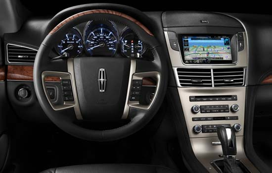 Instrument cluster of 2011 Lincoln MKT
