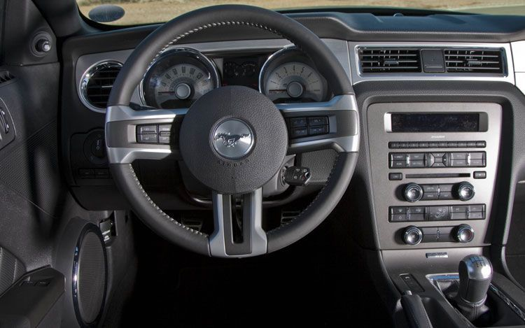 2011 Ford Mustang V6 Convertible Review