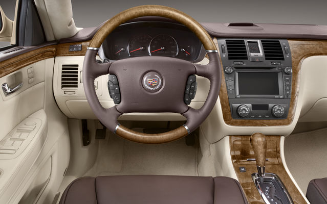 Interior view of 2011 Cadillac DTS