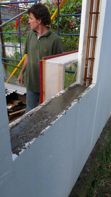 22- Remplissage de l'appuie de fenêtre et des poteaux d'allèges