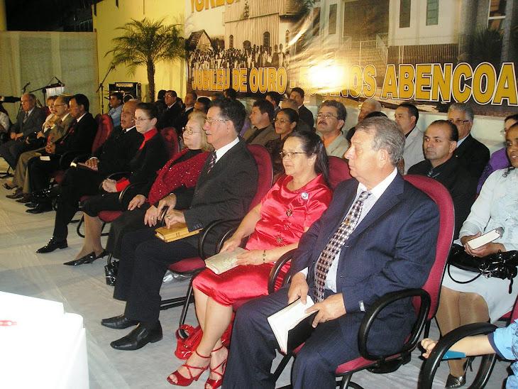 PASTORES PRESENTES NA COMEMORAÇÃO DO JUBILEU DE OURO !!
