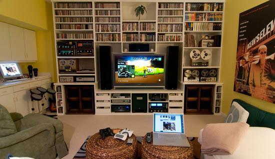 Los mejores cuartos habitaciones gamer taringa for Geek living room ideas