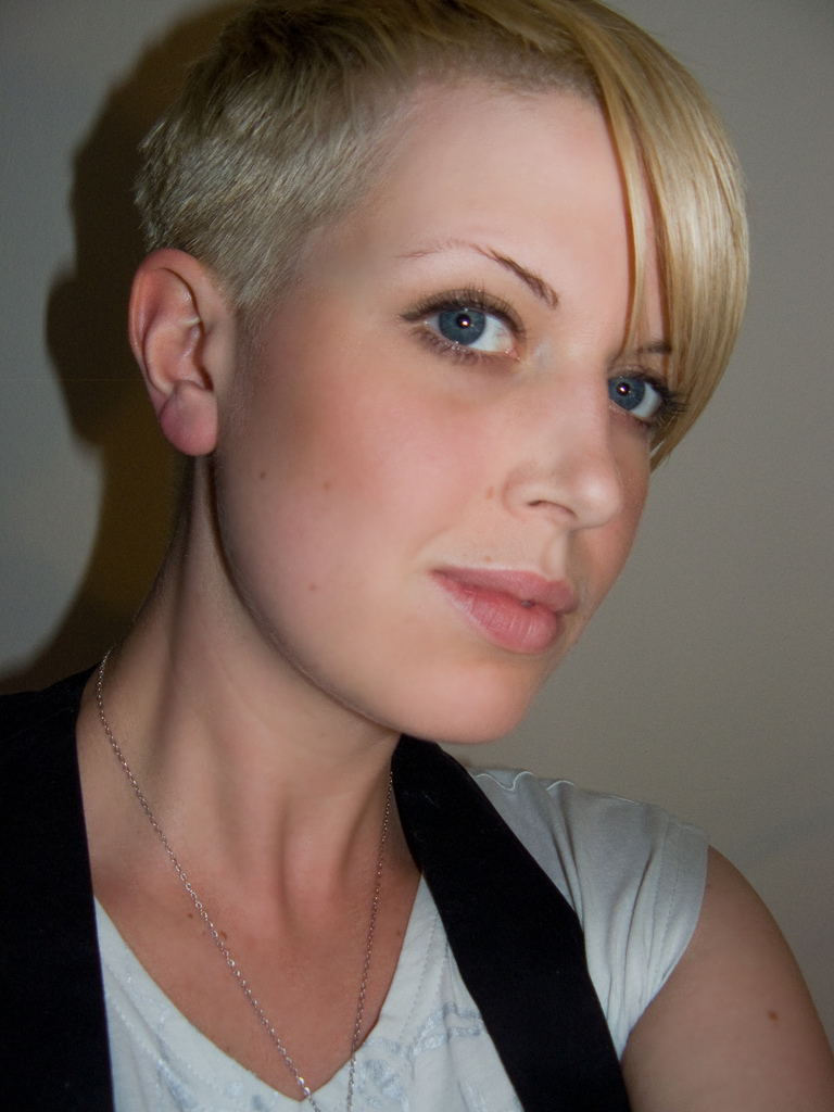 New Haircuts and Hairstyles: Short Hairstyles Ideas for 2010 Summer