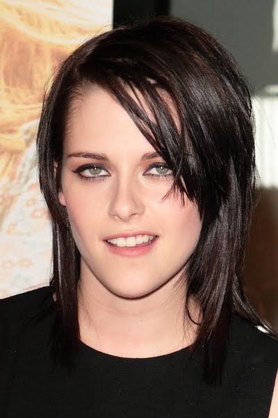 Kristen#39; hair length is short