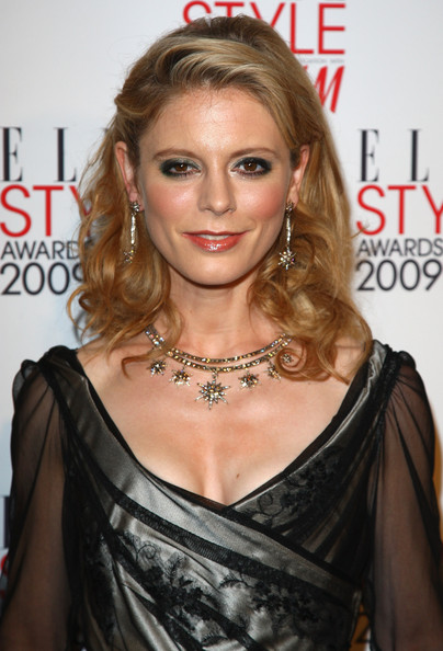 Emilia Fox looking gorgeous with a curly hairstyle that is well suited for