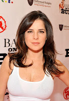 Kelly Monaco Is Very Smart!