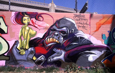 KingKong and Woman Sexy Murals Graffiti Art