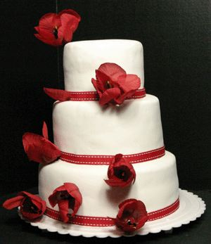 Wedding cake with 3 levels of red roses accessories junglespirit Image collections