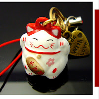 maneki neko luck beckoning cat of japan
