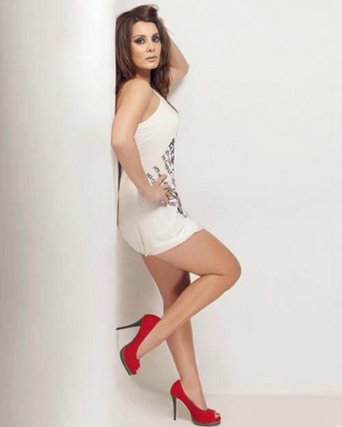 Minissha Lamba Hot Photo Shoot Pics
