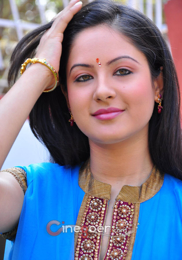 Pooja Bose Photo Gallery