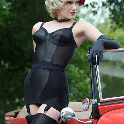 Even corselet girdles available in up to 52F bust size.