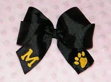 Bows can be made in any color ribbon