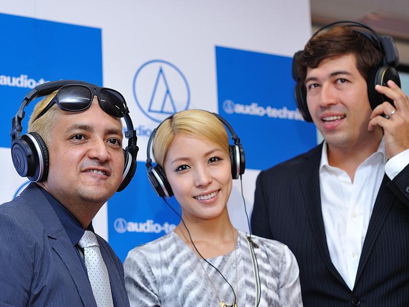 [Pics] BoA en Audio Technica Conferencia Atech402