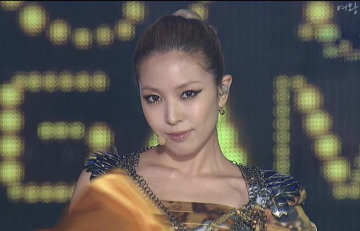 """[Not] BoA en el """"SBS Gayo Daejun 2010"""" B0088245_4d1b8067bc72e"""