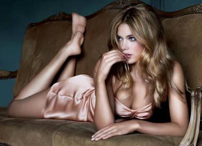 The World's Top Earning Models - No. 5 Doutzen Kroes $6 Million Per Year