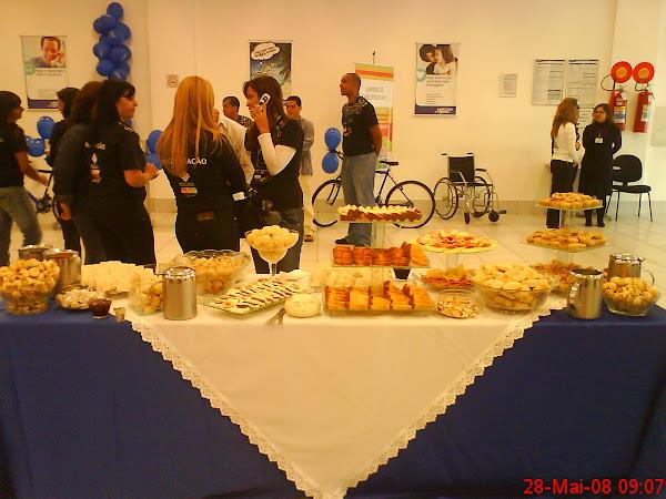 Café da manhã servido ao Bco Mercantil do Brasil