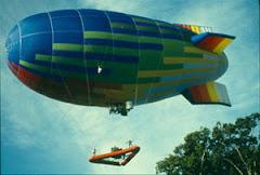 Meg Lowman e equipe Baixando o bote inflável no dossel na expedição Jason VX no Panamá.