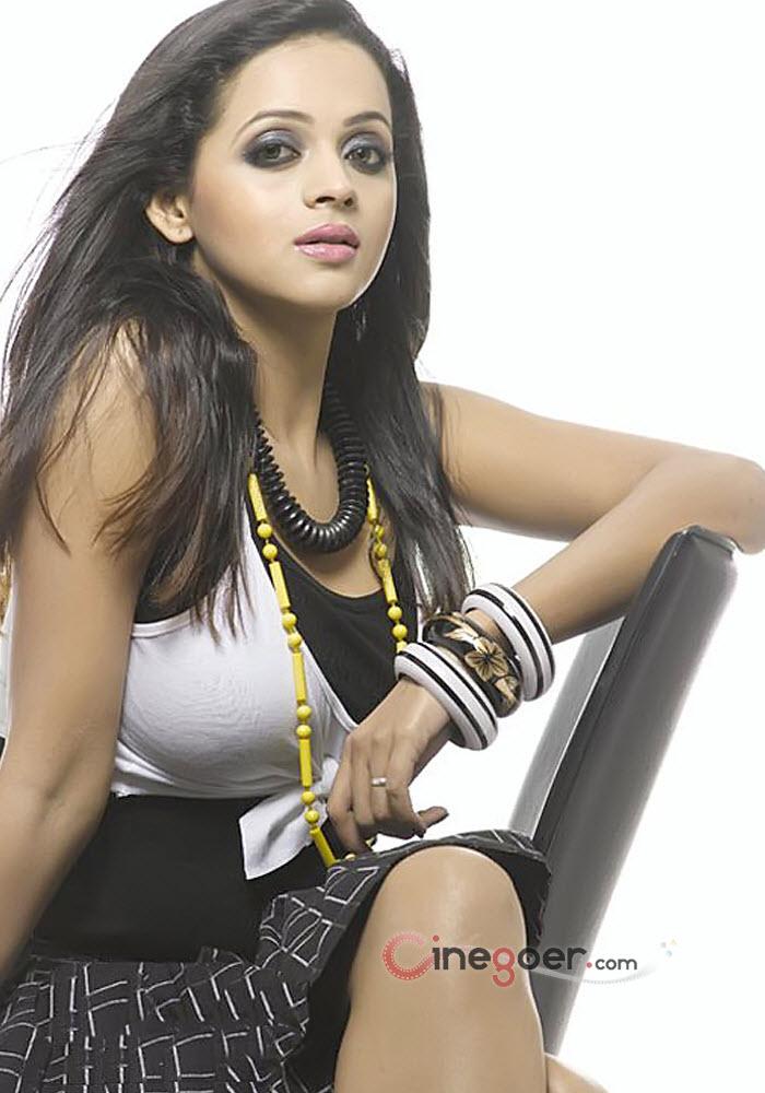 Actress Bhavana - YouTube