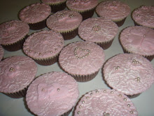Pink pearl cupcakes