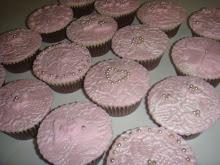 Pink pearl cupcakes