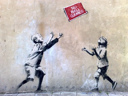 [NellyDuff_Banksy_Tottenham.jpg]
