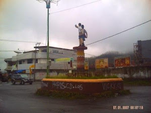 Patung Pelajar di Sudut Kota Bajawa