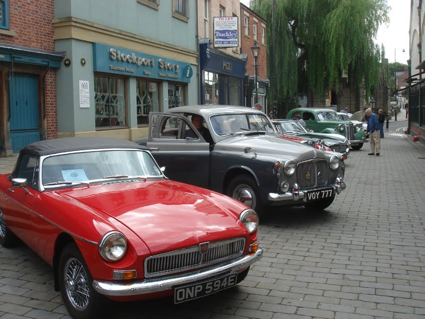 stockport 39 s heritage classic cars in the market place. Black Bedroom Furniture Sets. Home Design Ideas