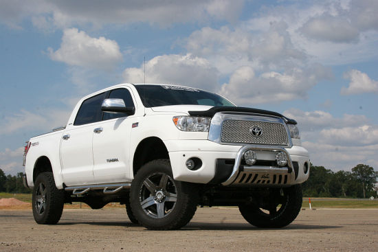 2010 Toyota Tundra  Reviews front view
