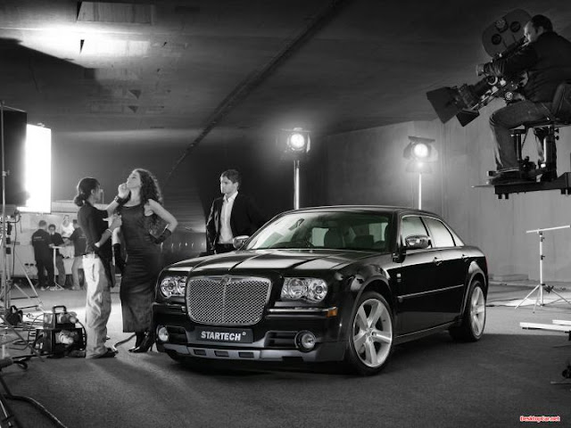 Chrysler wallpaper ads scane