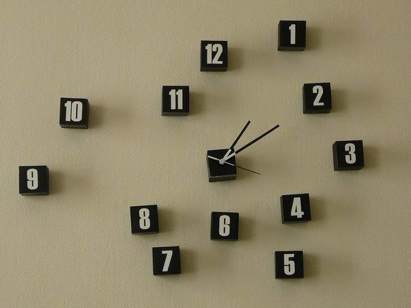 20 Really Weird Clocks Design Weird And Wonderful News