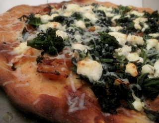 10x10: Pizza With Caramelized Onions, Broccoli Rabe, and ...