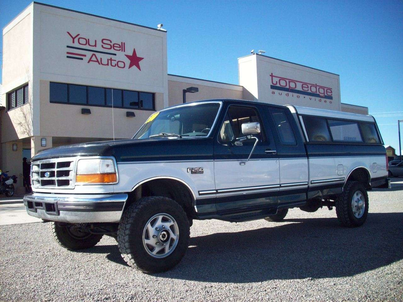 You Sell Auto 1996 Ford F250 Xlt 4x4 2 Door Pickup With