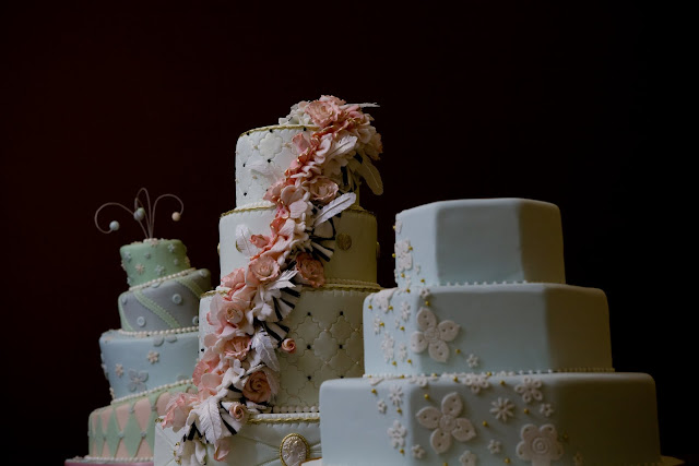 Best Toronto Wedding Cakes Vendors we LOVE!   Lori Hutchinson   Caketress