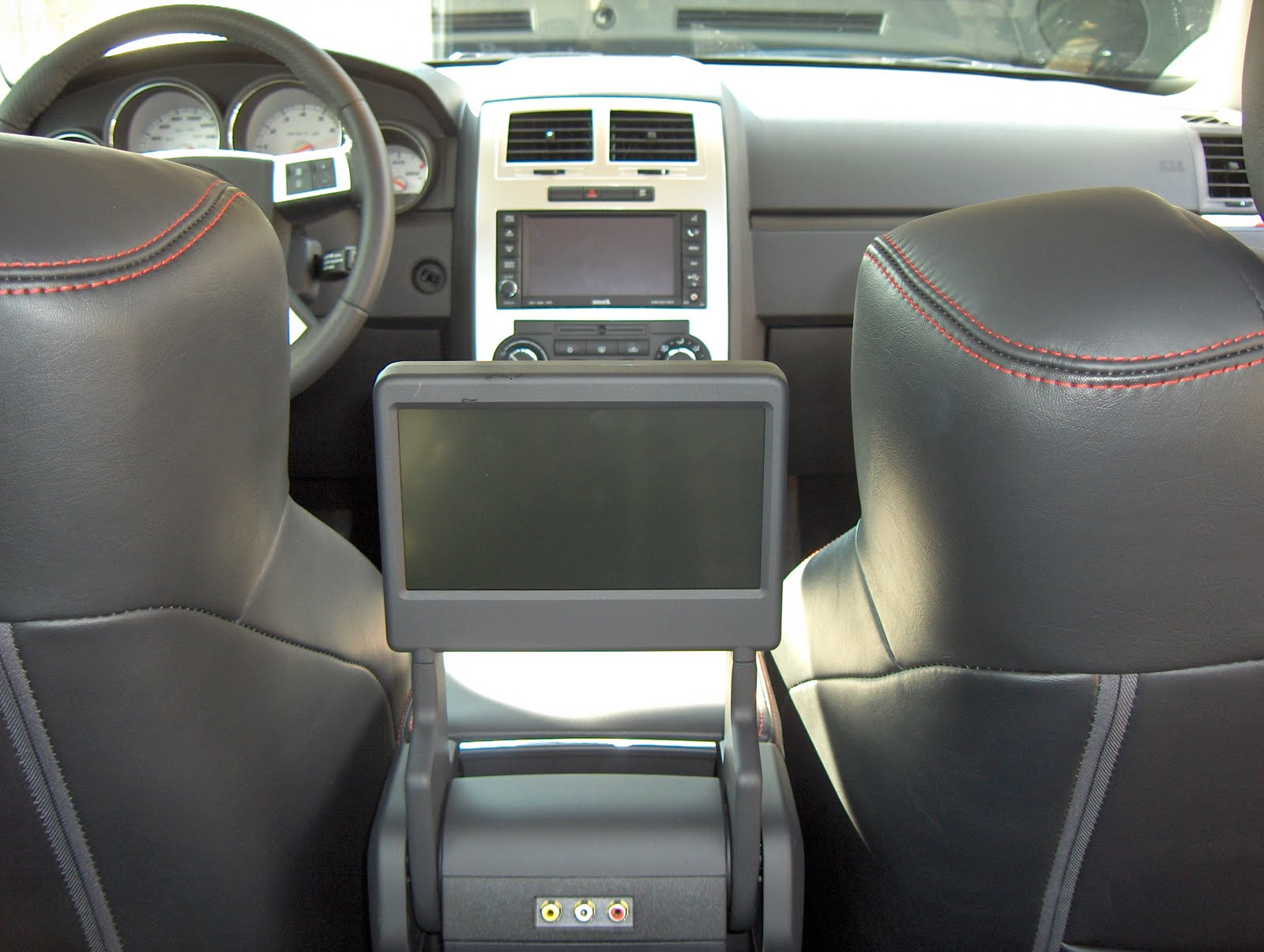 Interior Photo 4 Of The 2010 Dodge Charger Above