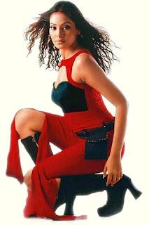 03bipasha basu sexy bollywood actress pictures 200509