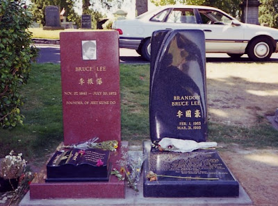 A fullshot of the tombs of Bruce and Brandon Lee