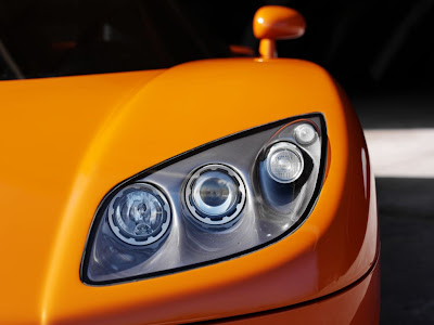 koenigsegg ccr headlights