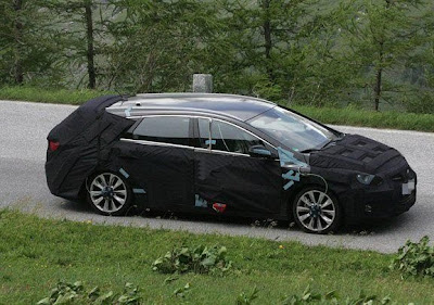 First spy shots of Hyundai i40 Wagon - pictures and details