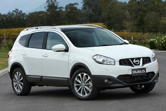 looks like a car nissan dualis 2 2011 the elongated qashqai for australia. Black Bedroom Furniture Sets. Home Design Ideas