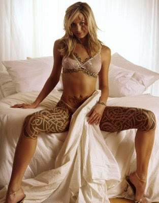 Popular Tattoo. Gallery Nude Girls Tatto #1
