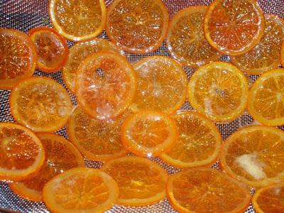 http://3.bp.blogspot.com/_3QVRLAXN6_A/S8GGWscJbGI/AAAAAAAABis/qTMYkyAroRg/s400/naranjas+confitadas+2.JPG